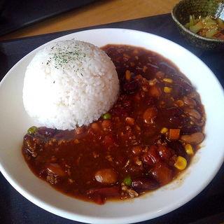 豆とひき肉のトマトカレー