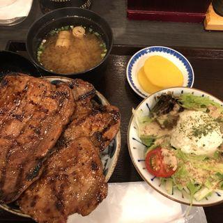ミニサラダ付 豚丼セット 月(ぶたいち 東京人形町店 )