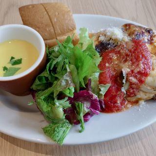 ラザニアランチ(Triangle Cafe )