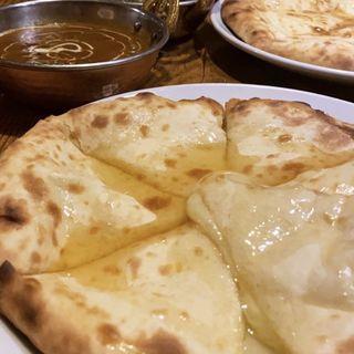 チーズナン(インドレストラン ナンハウス 日進店)