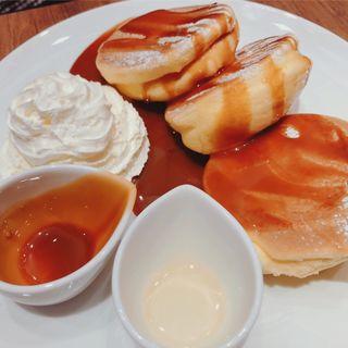スフレパンケーキ キャラメル&ホイップ(麹町珈琲 江ノ島店)