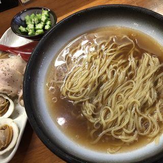 鶏と白ハマグリの貝出汁冷やし(醤油と貝と麺 そして人と夢 )