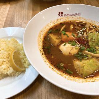 納豆スープカレー(イエローカンパニー 新宿店)