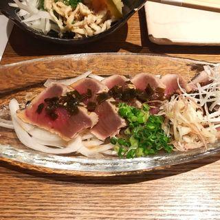 特製ニラねぎダレの南九州直送かつおの塩たたき(宮崎料理 万作 )