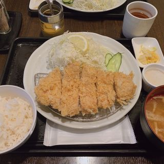ロースかつ定食(とんかつ 天山 )