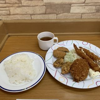 日替わりランチ(洋食のいろは 本店 (ヨウショクノイロハ))