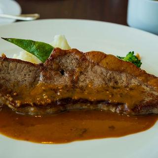 牛ロース肉のステーキ(レストラン121ダイニング )