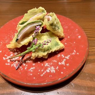 湯葉とチーズ天ぷら(おばんざいと純洋食 アイサニ)