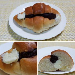 塩パンあんミルク(アンテンドゥ 赤塚店)