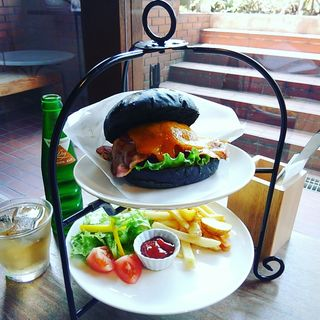 嵐山バーガー+チェダーチーズ
