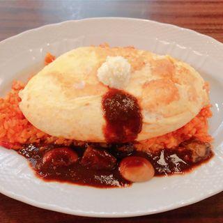 スフレ卵のオムライス ビーフマッシュルームのデミグラスソース(Salon Oeuf et Moi  サロン ウフ  エ モア そごう横浜店)