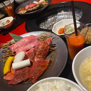 トラジ御膳(焼肉トラジ サンシャイン店 )