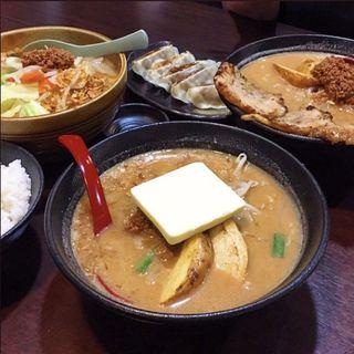北海道超バターラーメン(麺場 龍吟 )