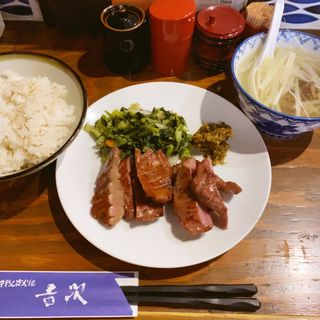 牛たん定食(麦めしテールスープ付)(吉次 本町店 )