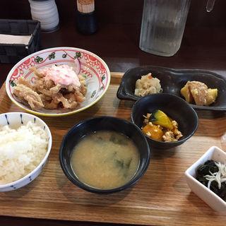 Aランチ(魚と日本のお酒 むく )