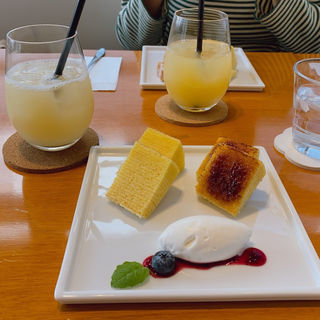バームクーヘンナチュラル&ブリュレ(かやしな カフェ (Kayashina CAFE))