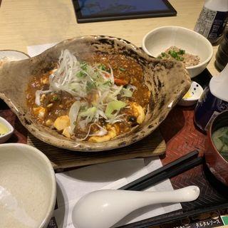 手造り豆腐の麻婆土鍋ご飯(大戸屋 新宿アイランドイッツ店 (オオトヤ))