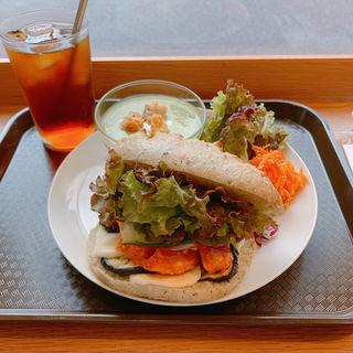 チキンのサンド(クラフト サンドウィッチ (Craft Sandwich))