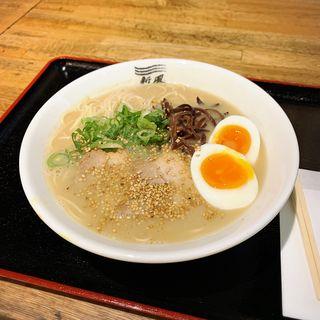 博多豚骨(博多新風 ラーメンアベニュー店)