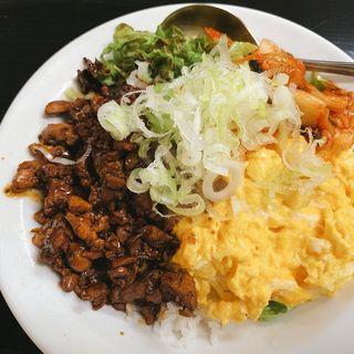 レバー丼(中華茶屋 梁山泊 (チュウカチャヤリョウザンパク))