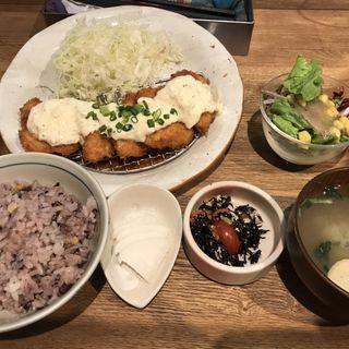 柔らかチキンヒレカツ南蛮定食(kawara CAFE&KITCHEN 吉祥寺 (カワラ カフェアンドキッチン))