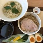 (特)イケ麺kasane combo味玉付き