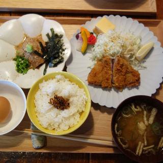 豚西京漬トンカツ&胡麻ぶり(博多炉端 魚男(フィッシュマン))