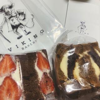 あまおうとマスカルポーネサンド/ほうじ茶のあんバターサンド(VIKING BAKERY 0)