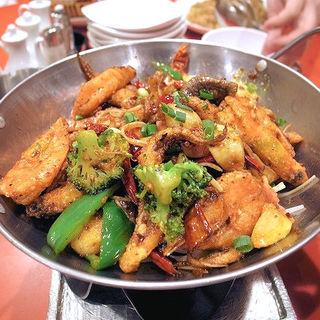 海鮮の麻辣味鍋(麻辣海鮮鍋)(永利 池袋本店 (エイリ))