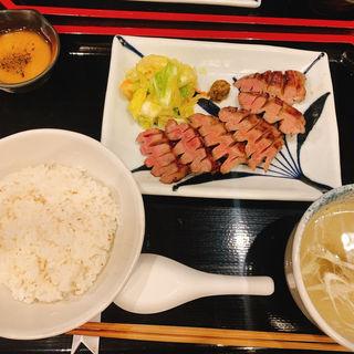 牛たん焼き二種盛り合わせ定食
