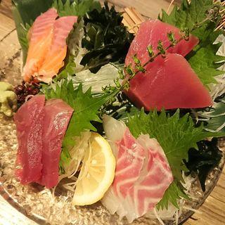 お刺身4点盛り(青木鮮魚店 鶴屋町店 (アオキセンギョテン))