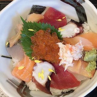海鮮丼(並)(魚源 (ととげん))