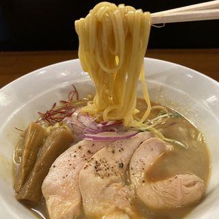鳥白湯と魚介の冷やし〜グレープフルーツの香り〜(醤油と貝と麺 そして人と夢 )