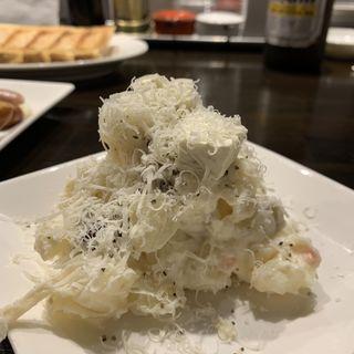 ダブルチーズポテトサラダ(野方餃子 (ノガタギョウザ))