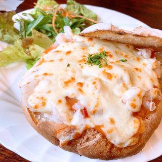 プリプリ海老のトマトグラパン(Paty Cafe)