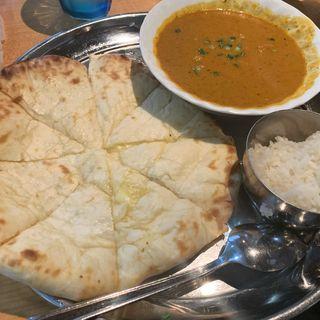 チーズナン(アジアン料理サティー (Sathi【旧店表記:アジアンダイニングレッドチリ】))
