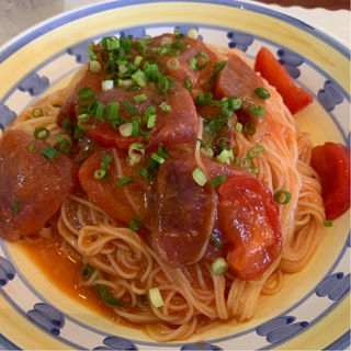 キハダマグロとトマトの冷製パスタ