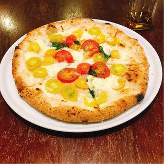 美瑛産トマトのマルゲリータビアンコ(PIZZA365)