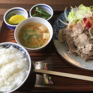 豚生姜焼き定食(リリィ )