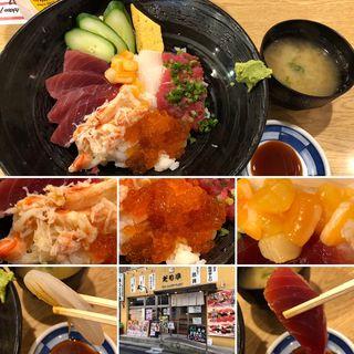 海鮮丼(鮨 だり半 )