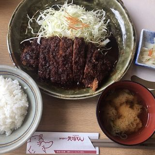 ロースとんかつ定食(矢場とん)