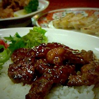 中華 牛ステーキ丼(中嘉屋食堂 麺飯甜 THE MALL 仙台長町店 )