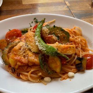 旬野菜とパンチェッタのスパゲッティ(ミシン)