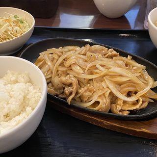 鉄板しょうが焼き定食(チャイナドール (CHINA DOLL))