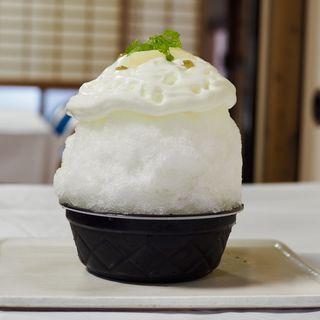 梨ヨーグルトごおり(ほうせき箱 )