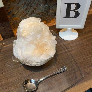 かき氷 桃