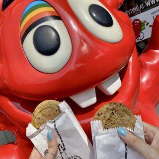 チョコレートチャンククッキー(クッキータイム 原宿店 (Cookie Time))