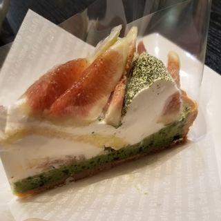 抹茶とイチジクのケーキ(カフェコムサ 池袋店)