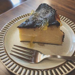 バスクチーズケーキ(オサル コーヒー)
