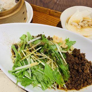 汁なし黒胡麻担々麺(騒豆花 上野店)